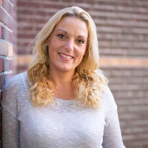 Claudia Frehe (42)